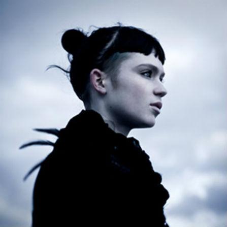 Grimes – Vanessa (Nico Pusch Bootleg Remix)